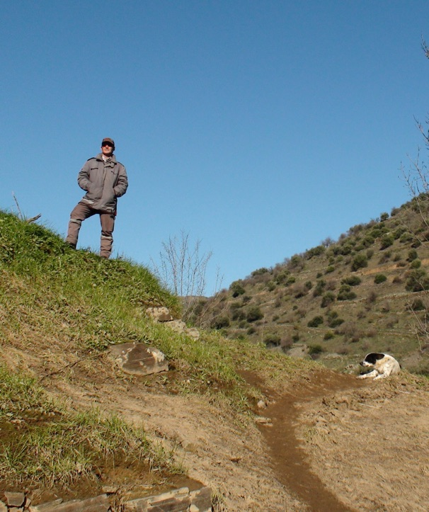 Securitas guard and his dog protecting engravings in the Côa Valley